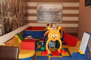 кафе парижанка детский зал